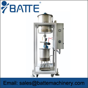 liquid metering feeding machine